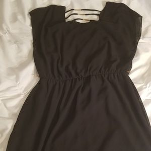 Black Mid length dress. Size large